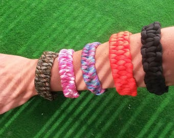 Paracord survival bracelet colors size