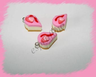 """Strawberry cheescake"" charm in polymer clay"