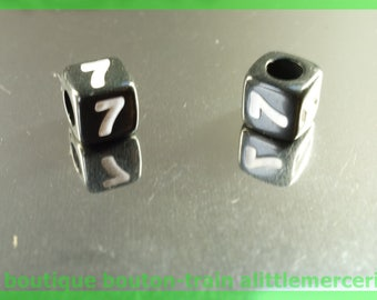 number 7 cube bead 6 mm black and white plastic