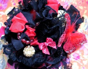 "Retro Glamour ""PASSIONATA"" black and Red Hat"