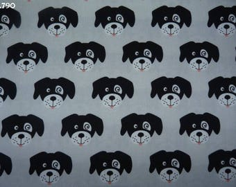 Fabric C790 dogs on gray coupon 47x50cm heads