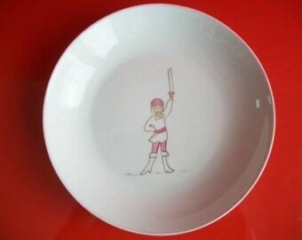 """Porcelain plate from Limoges for little girl """"Pirate brandishing her sword"""""""
