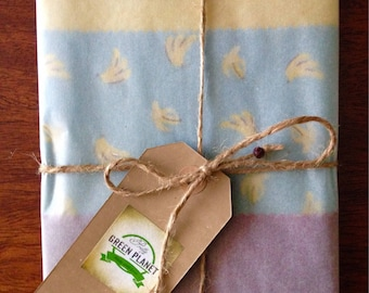 3x Beeswax Wraps. Large (suitable for bread) Medium and Sandwich (rectangular)wrap. Eco-friendly alternative to plastic. 100% cotton