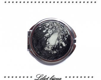 Black and gray Pocket mirror