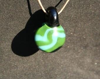 Wavy lines pendant