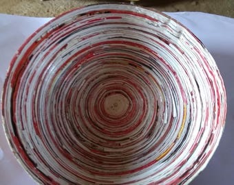 Recycled and laquered paper bowl