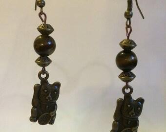 Lucky cat earrings