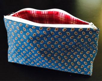Paisley zipper pouch