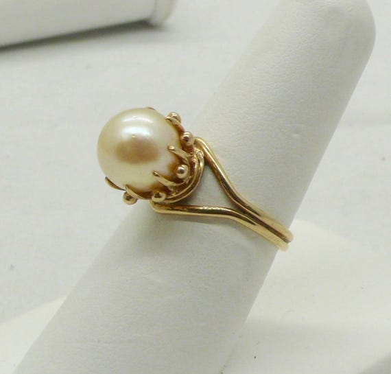 Vintage Antique 14kt Yellow Gold Lady's 9mm Pearl Ring