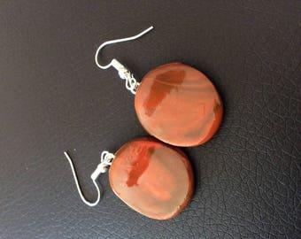 Ovals and discrete earrings!