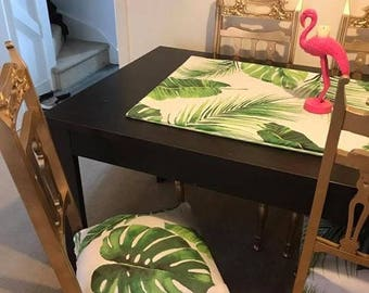 Custom chairs and table runner
