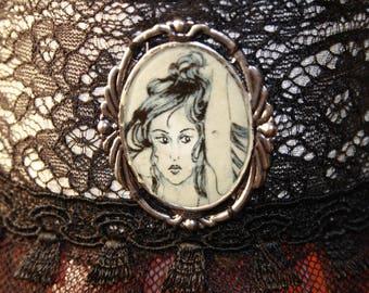 dark colombineavec Medallion Choker necklace