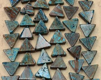 very nice set of 5 calislica triangle beads