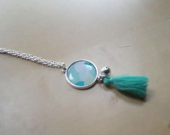 Cabochon necklace with turquoise tassel