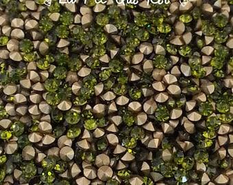 Set of 20 2.4 Olive green glass rhinestones ~ 2.5 mm