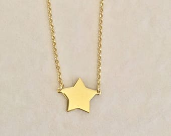 Necklace with Silver Star and yellow gold. Choker necklace. Star choker necklace. Stella Jewelry. Minimal. Layering necklace.