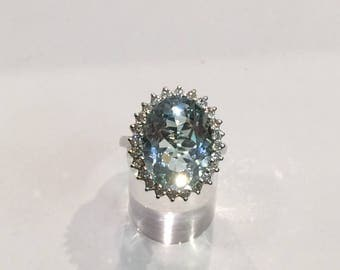 18ct white gold uk hallmarked aquamarine and diamond ring