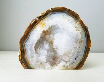 The Oyster - Natural Agate Geode Slice - Agate Geode Half - Valentine's Day