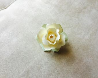 Rose brooch/corsage