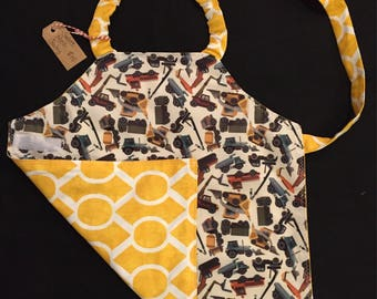 "Boys ""trucks"" apron size 2-5T"