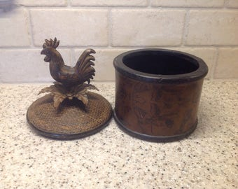 Rooster storage box