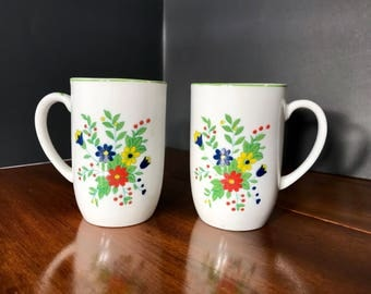 Vintage Coffee Cups w/Floral Bouquets