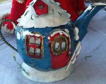 Christmas tea pot candle holder