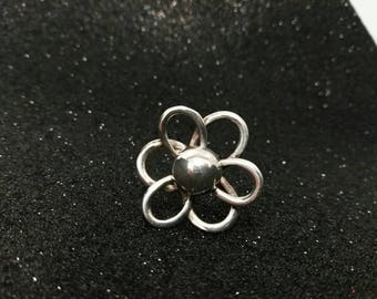 Silver Flower Ring