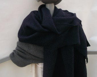 Stole hand-woven from wool, cashmere & kid-mohair