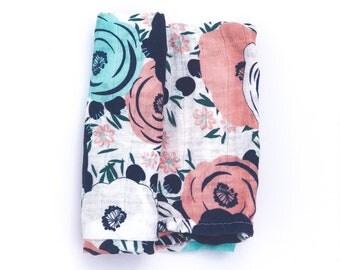 Muslin Swaddle Blanket / Organic Swaddle Blanket / Floral Blanket / Baby blanket / Baby Shower Gift / Baby Swaddle / Boy / Girl / Newborn