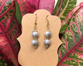 Silver beads with a white spacer