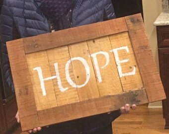 "Rustic Pallet ""Hope"" Sign"