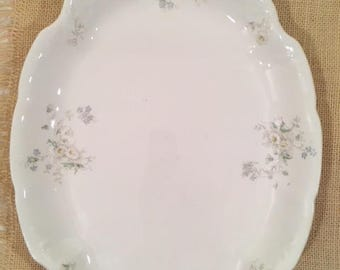 Knowles, Taylor, & Knowles Blue and Daisy Platter