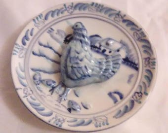 Vintage miniature hen plate