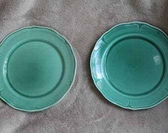 Mt Clemens Petalware 2 bread and butter plates green 7 inch
