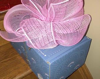 Gift Box w/Bow