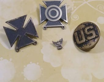 WWII Military Pins/US Army/military army/army pins/military medals/vintage military/Marksmanship/collectibles