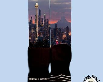 Seattle Skyline Socks || FREE SHIPPING ||