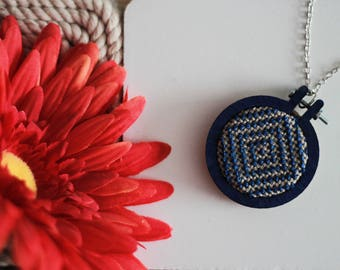 Geometric embroidery necklace, mini embroidery, minimal embroidery design, navy blue necklace