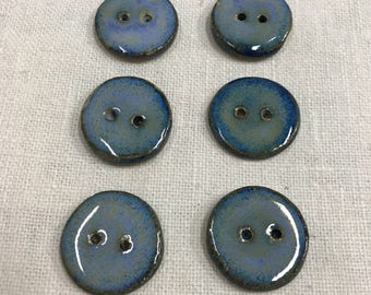 6 round buttons diameter 3 cm. Round buttons. Blue glazed stoneware. Stoneware Blue, very durable. Perfect decoration for dresses, hats,