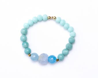 Blue and teal bead bracelet