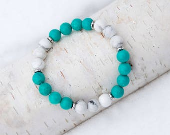 Turquoise and White Howlite Beaded Bracelet-Calming