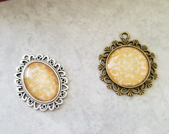 Antiqued Yellow and White Line Decorated Cabochon Necklace Pendants, Jewelry, Necklace, Accessory, Vintage and Antiqued Look