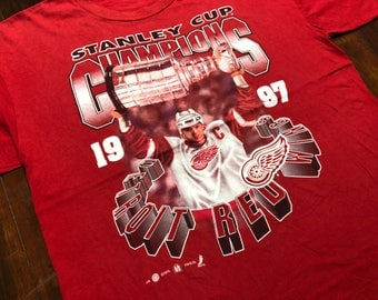 Vintage 1997 Detroit Red Wings T-Shirt size L