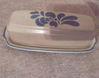 Near Mint Condition Vintage Pfaltzgraff Yorktown Butter Dish