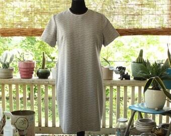 plus size 1960s shift dress . 60s 70s brown & white poly dress by Myrette, womens vintage volup size 1x 2x