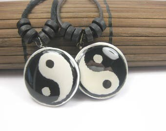 Yin Yang Necklace Set, Black And White Opposite Pendants