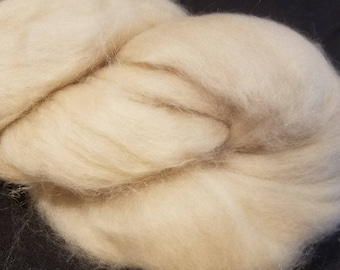 CRAZY Baby Camel combed top roving Cream 16 microns 28 grams