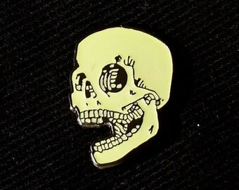 Glow in the Dark Skull Lapel Pin