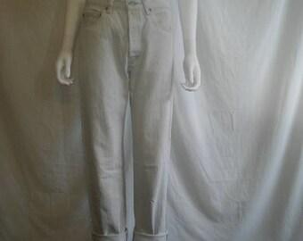 SALE 25% off SALE 80s Vintage Levis 501 0657 Jeans, Waist W 29 levis jeans, faded gray Grungy jeans Levi's